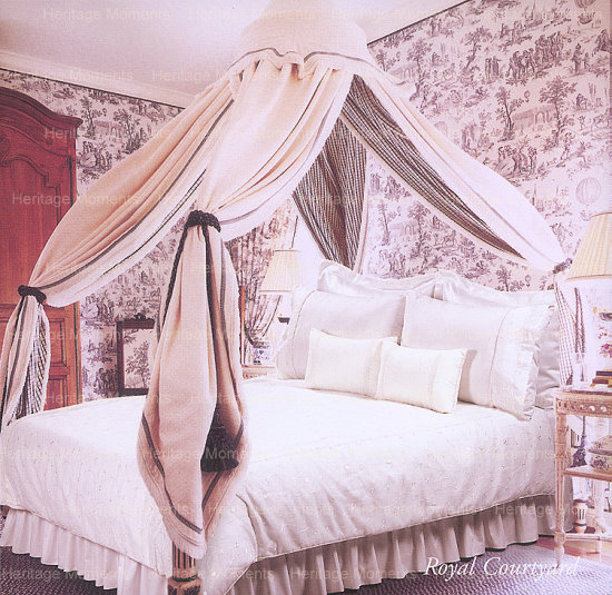 Wedding Bedset: Royal Courtyard Design